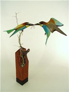 LIFESIZE EUROPEAN BEE-EATERS WITH DRAGONFLY